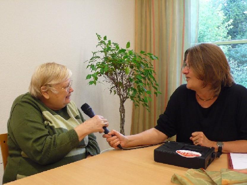 Frau P. und Frau Gärtner (Redaktion)